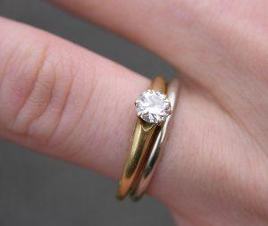 Få en flot forlovelsesring til din elskede!